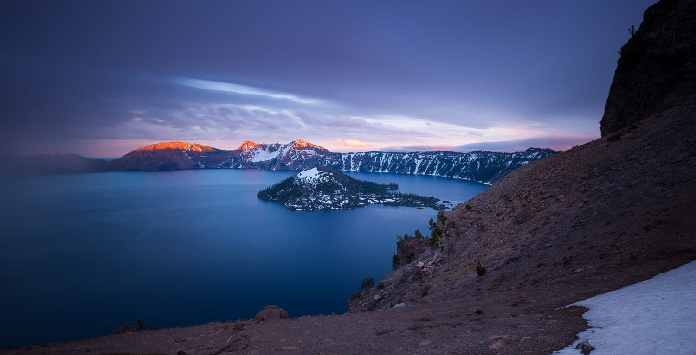 Alpenglow at Crater Lake