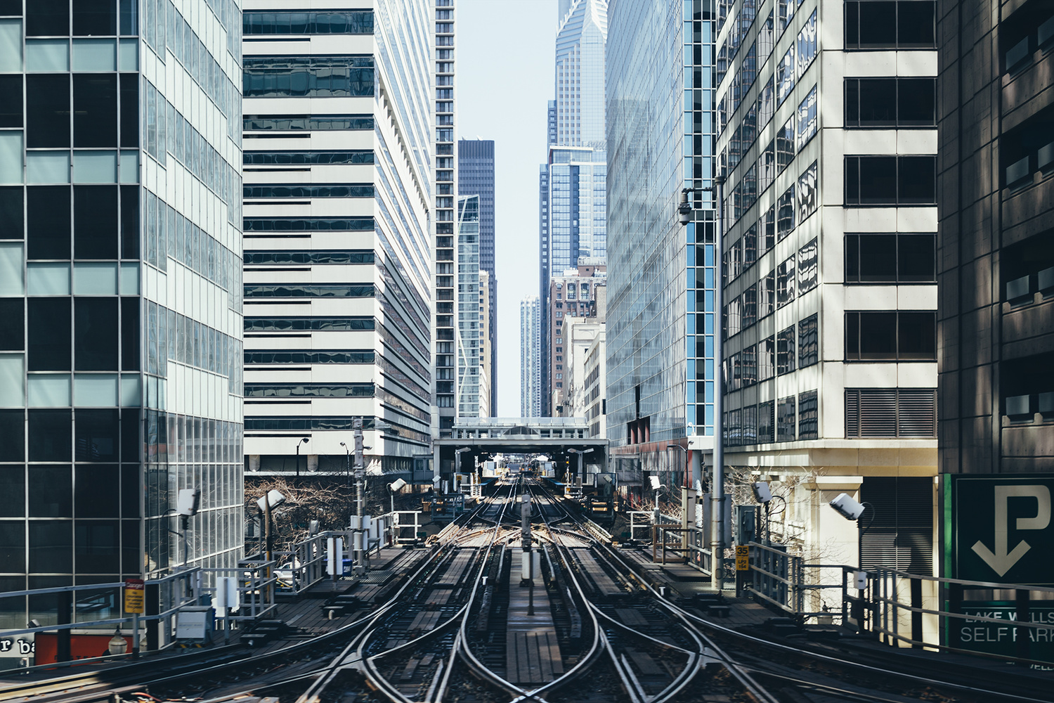 Photographer michael salisbury beautifully captures the for Chicago landscape