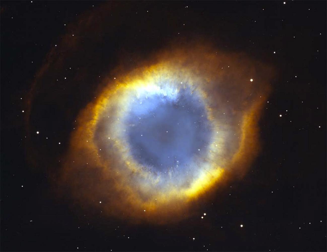 Embedding fstoppers-shanks-fx-interstellar-black-hole-helix-nebula-eye-of-god-aaron-brown.jpg