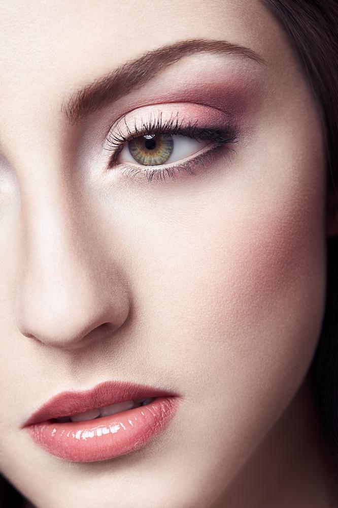 Makeup Photography: Understanding Makeup To Become A Better Photographer