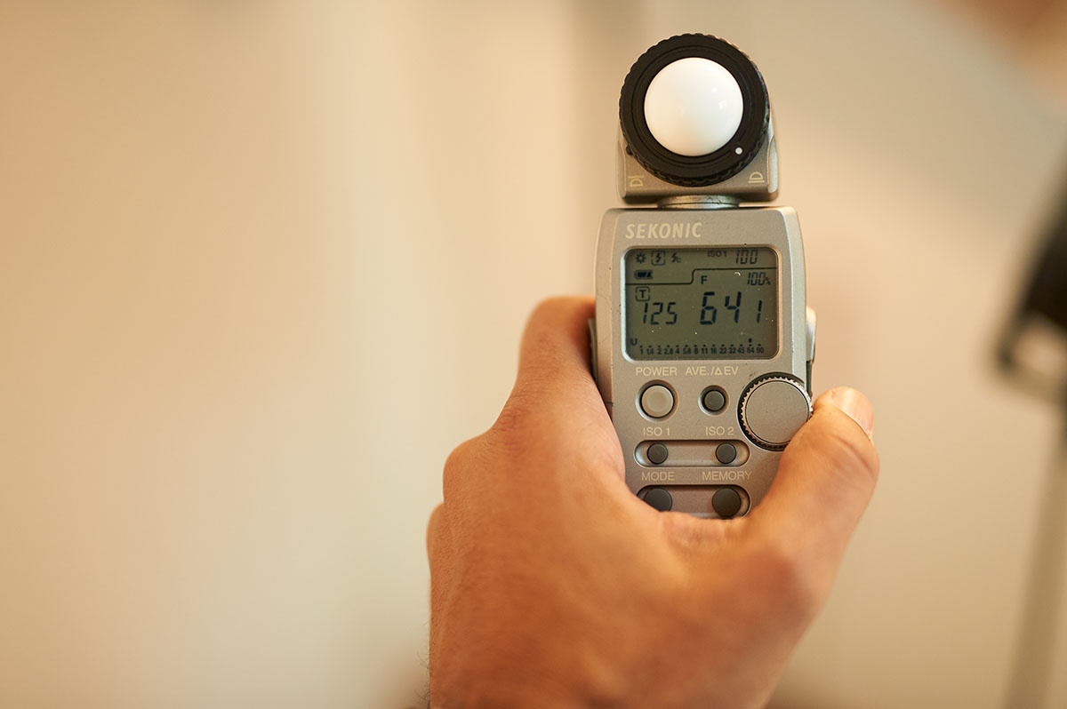 Light Meter reads F64 at ISO 100