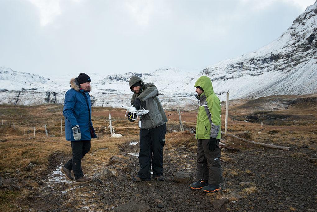 Landscape Photography & Post-processing tutorial - Elia Locardi - drone flight kirkjufell