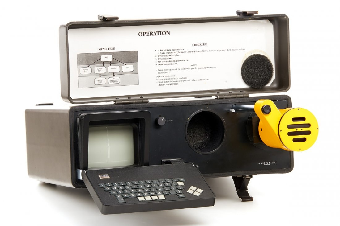 Hasselblad Dixel Photo Transmitter