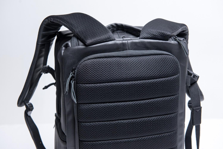 3dca28c552 Fstoppers Reviews HEX DSLR Sling and DSLR Backpack Camera Bags .