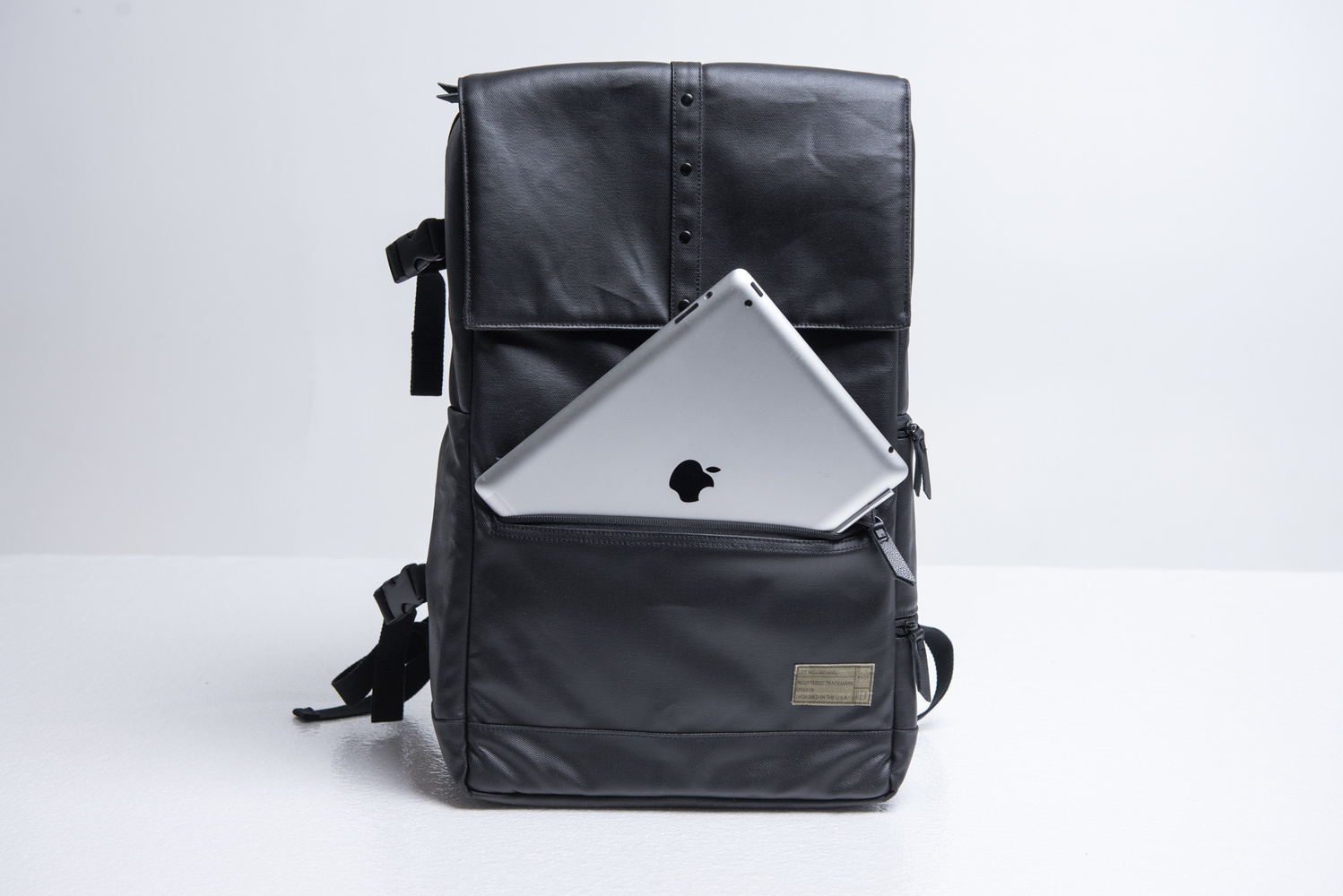 Camera Dslr Camera Bags Review fstoppers reviews hex dslr sling and backpack camera bags there are two more side pockets the larger is lined with microfiber would fit nd filters or lens caps smaller great