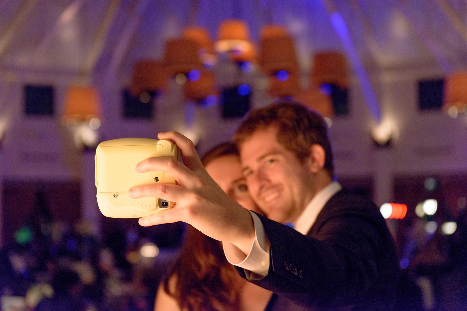 Nikon D7100 Wedding Photography: The Bare-Bones Minimum Gear Needed To Photograph A Wedding