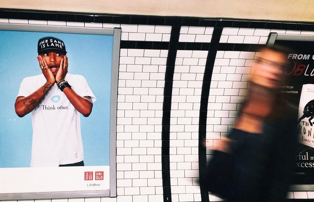 juxtaposition street photography london