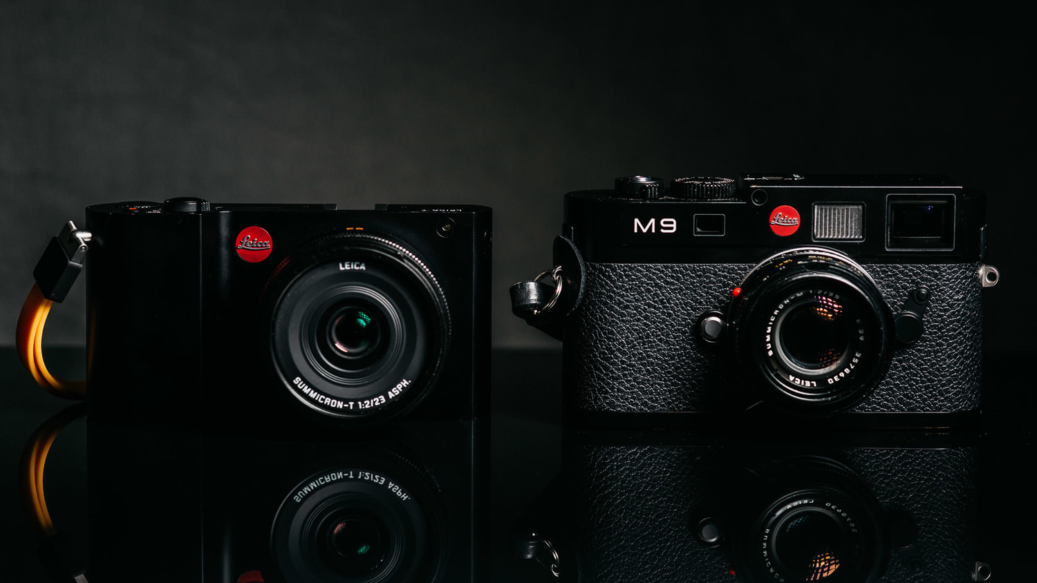 Photo of Leica T and Leica M9 from the front