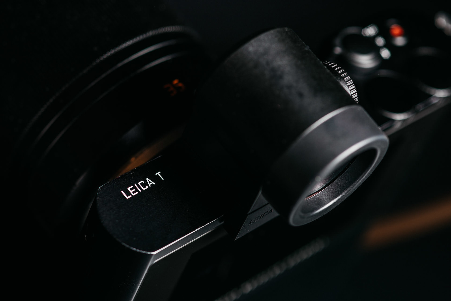 Leica T Visoflex EVF Electronic Viewfinder Photo