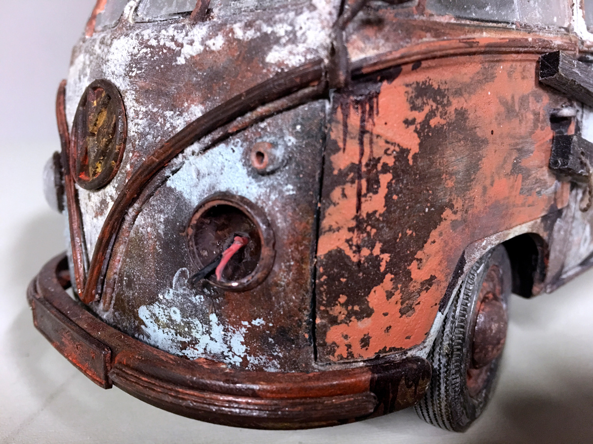 VW bus scale rust detail