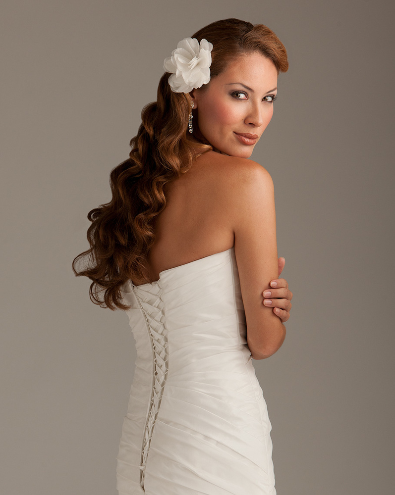 Simplest Wedding Dress 35 Simple  Controlling Highlights to