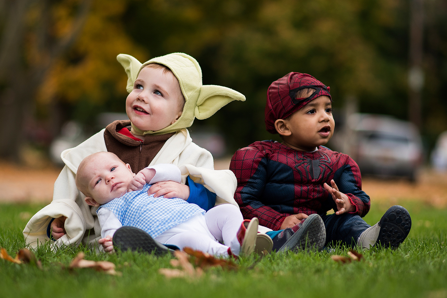 Halloween kids shot with Nikon 85mm 1.8G lens.