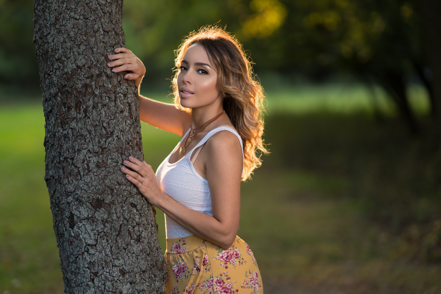 Natural Light Versus Off Camera Flash For Portraits Which Is Better Studio Lighting Diy Homemade Power Pack Flashes Part I Directly Following The Shooting Examples Ortiz Goes Into Pros And Cons Of Each Type Situations Would Like To Reiterate