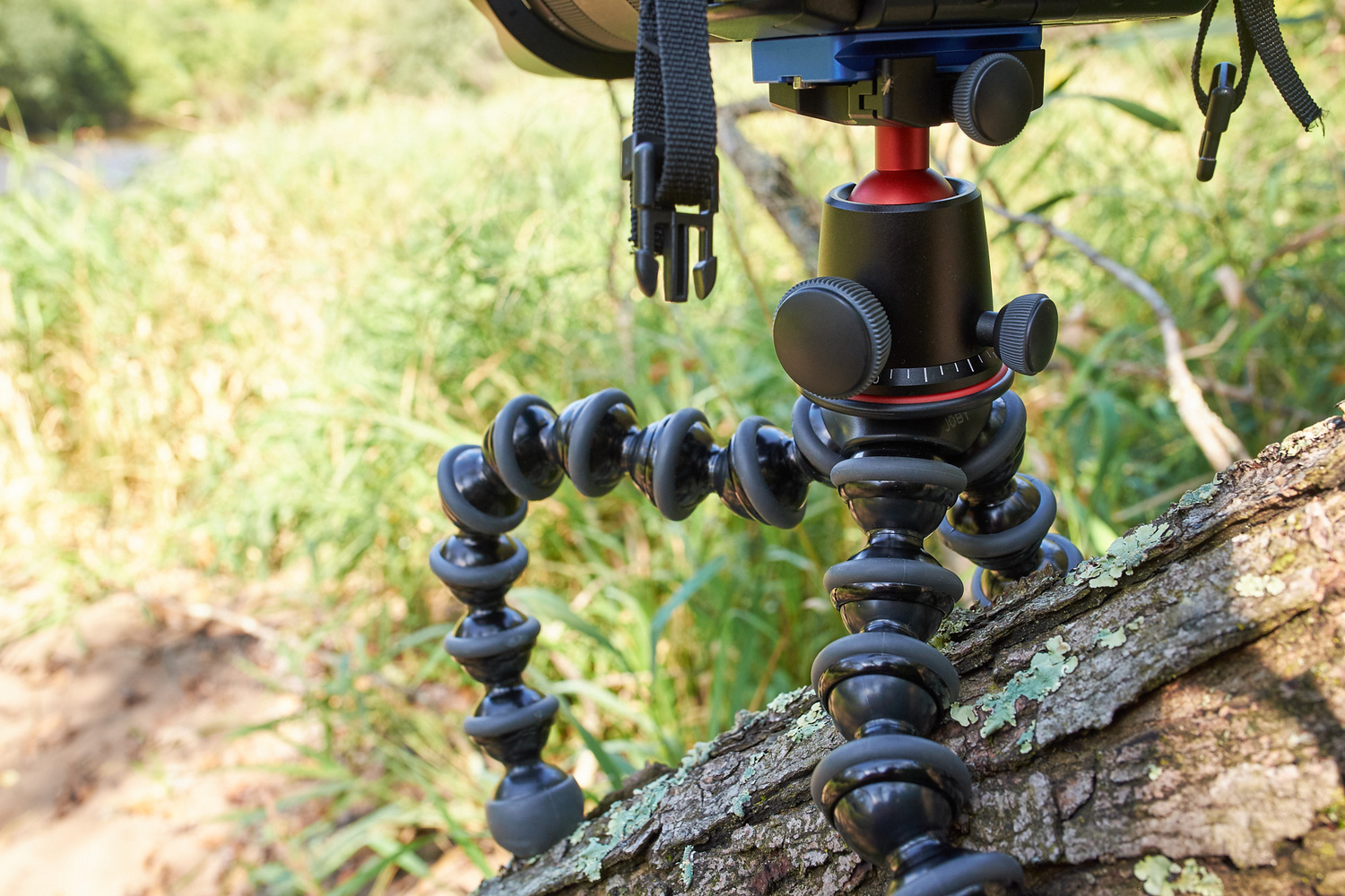 Fstoppers Reviews The Joby Gorillapod 5k Tripod Kit For Dslr Cameras Throw Your Ball Camera To Take Panoramic Photos Panning Base Of Ballhead Features A Numbered Scale Faster More Precise Movements While Capturing Panoramas