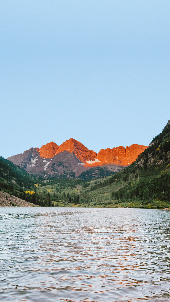 Photo of the Maroon Bells in Aspen Colorado, taken by Nature Photographer Chuck O'Rear.