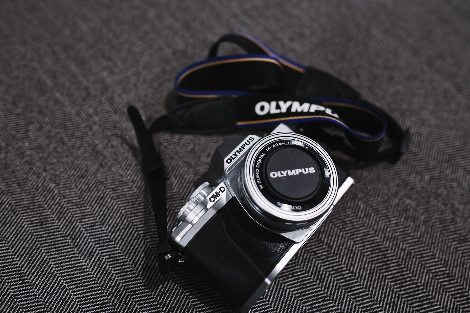 Fstoppers Reviews the Olympus OM-D EM10 Mark III: One of the