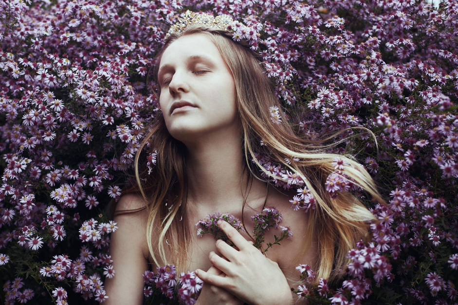 Fine Art Photographer Bella Kotak Transforms Insecurities