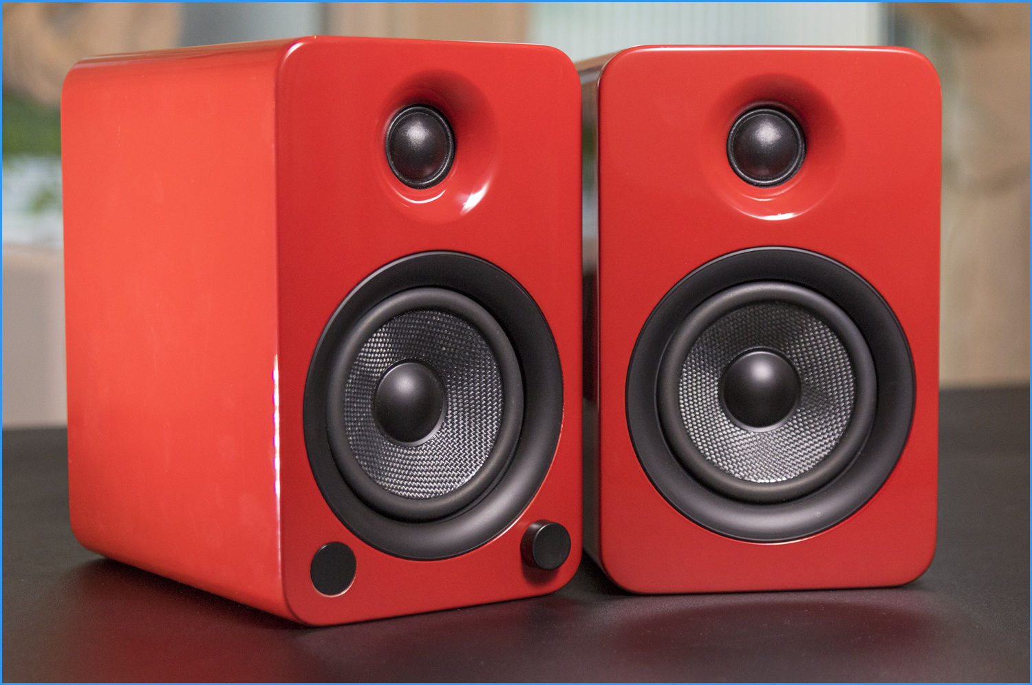 Active Speakers Combine The Power And Quality Of Passive Connected To An Amplifier In A Smaller Combined Package Making Them Perfect For Small