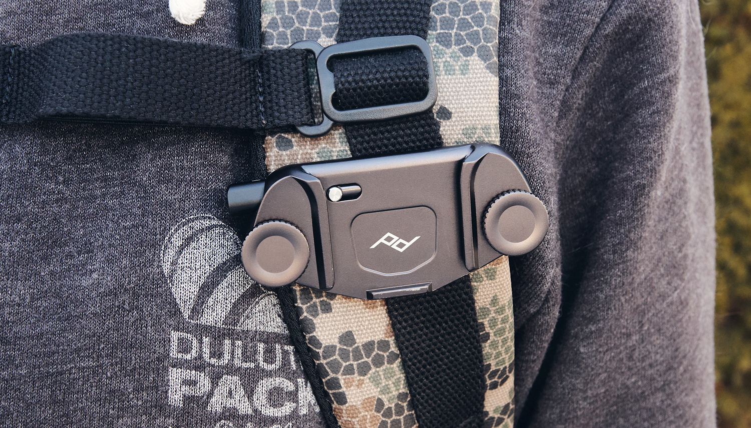 Fstoppers Reviews The Peak Design Capture Camera Clip V3 A New Slim Black Of Course Is Not Limited To Backpack Straps Any Sort Strap Thats No More Than Around 25 Inches Wide And 087 Thick That