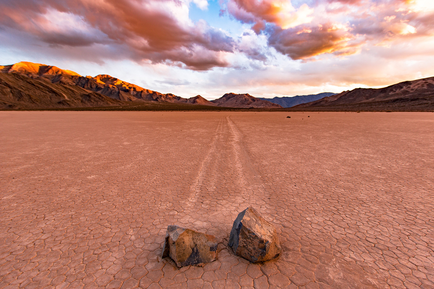 death valley national park is a time lapse photographer s playground