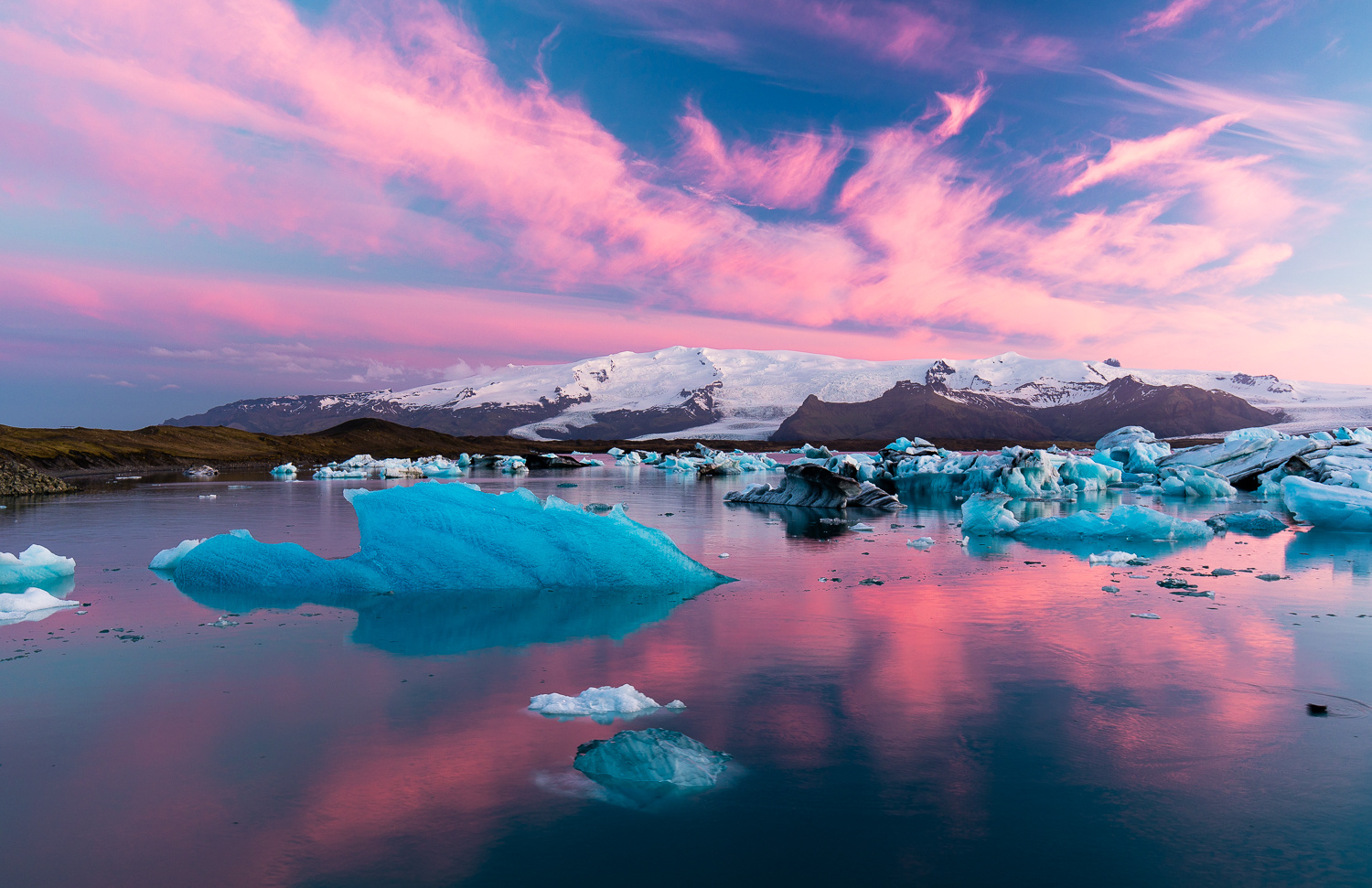 jokulsarlon at sunset with lightroom edits