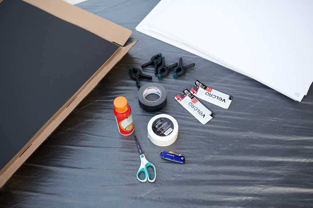 A Step-by-Step Guide to Making Your Own Portable V-Flats   Fstoppers