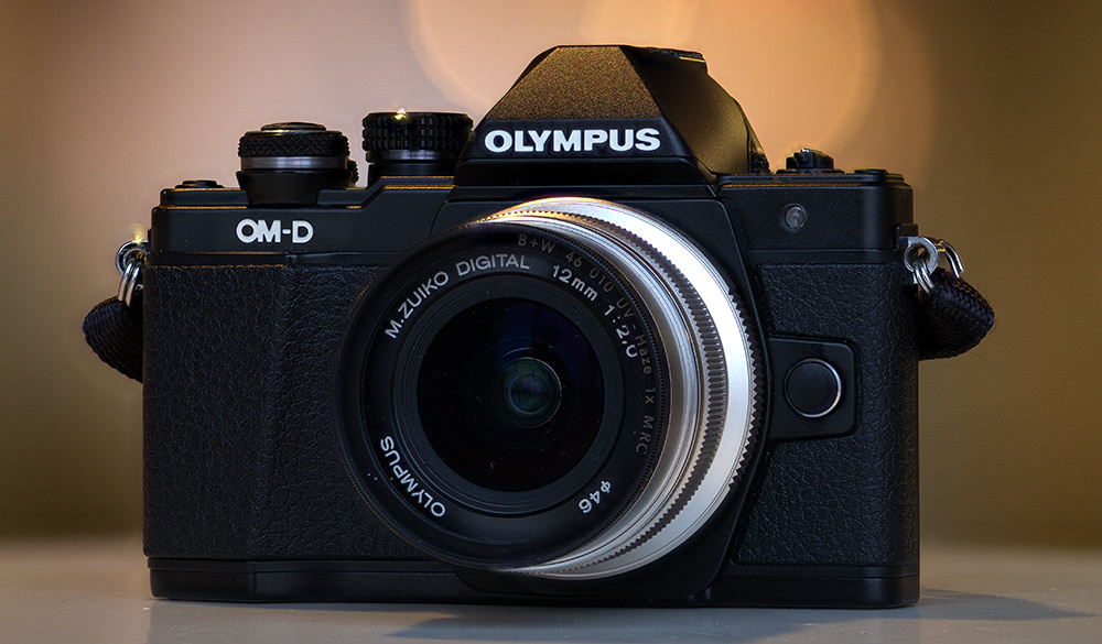 The Olympus E-M10 Mark II is the perfect example of a Micro Four Thirds camera that makes sense.