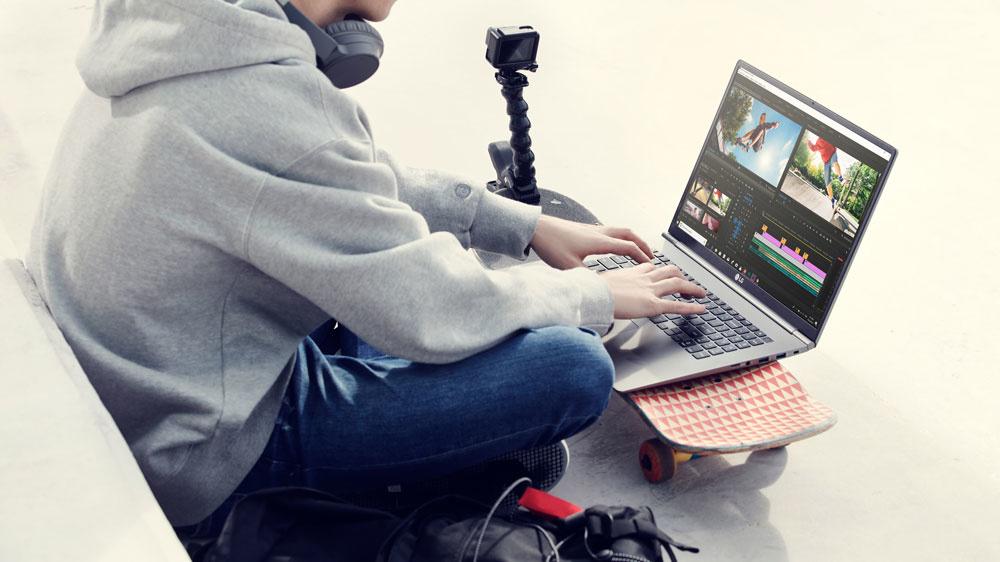 LG gram 17-inch laptop