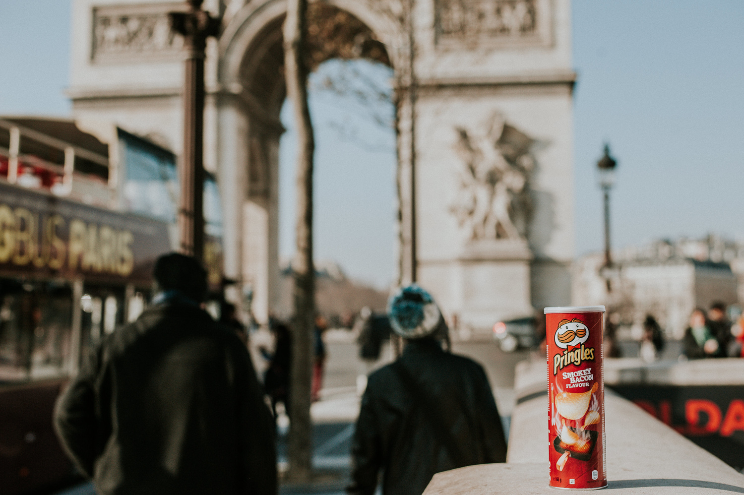 Pringles tub in front of Arc De Triomphe in Paris.