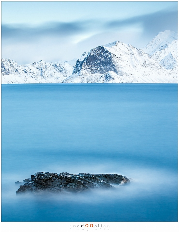 A fjord at Lofoten, Norway, during winter, shot with a Haida Super Stopper (Canon EOS 1Dx + 70mm | ISO200 | f/11 | 242s)