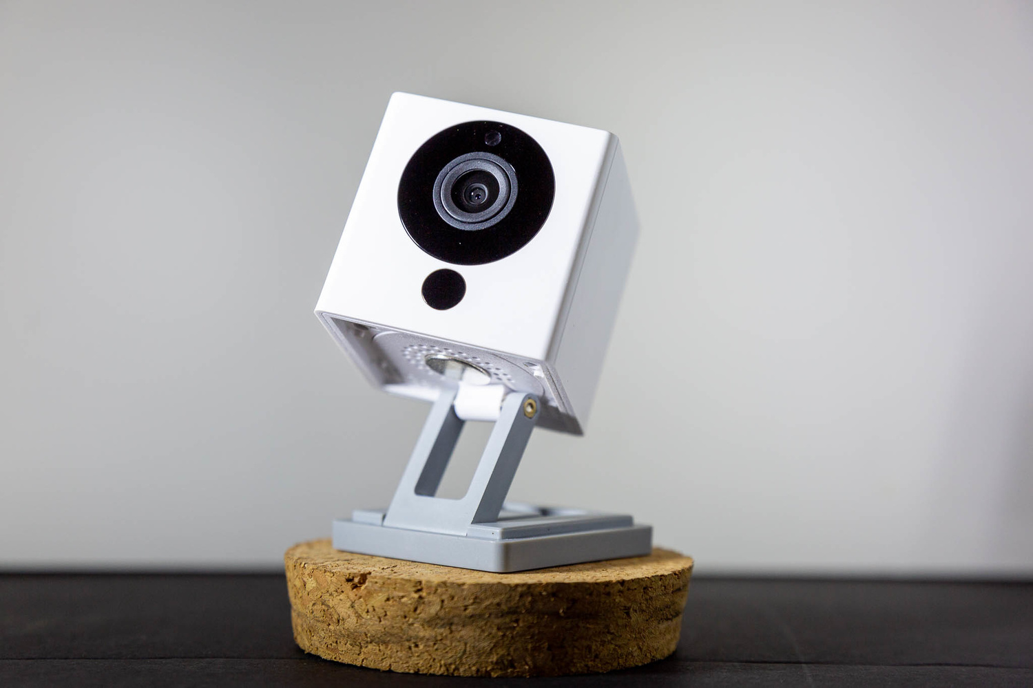 Fstoppers Reviews the Wyze Cam: A $25 Security Cam for Your