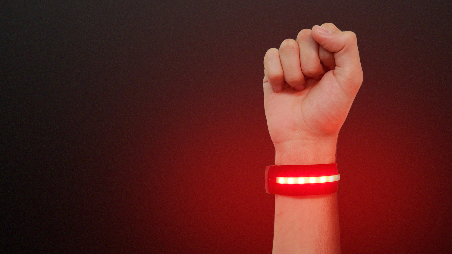 The World's First Wearable Cinematic Light | Fstoppers