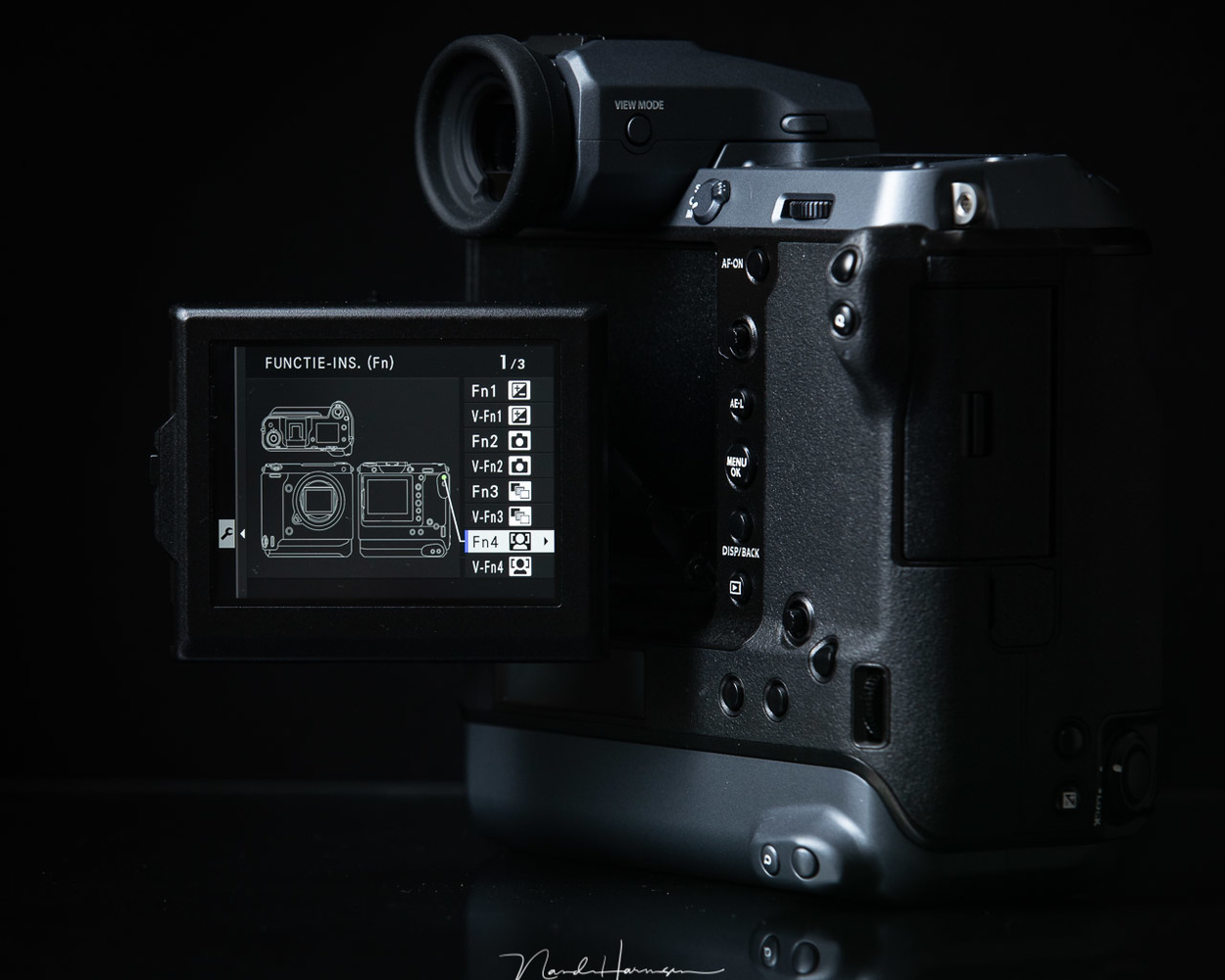 The Fujifilm GFX100 produces 102mp images with one single click of a button. This resolution is amazing.