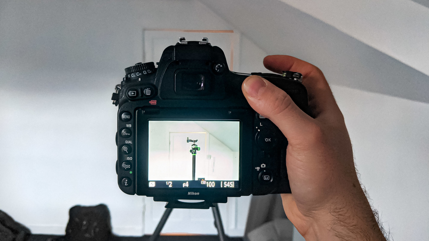 Focus up on the tripod