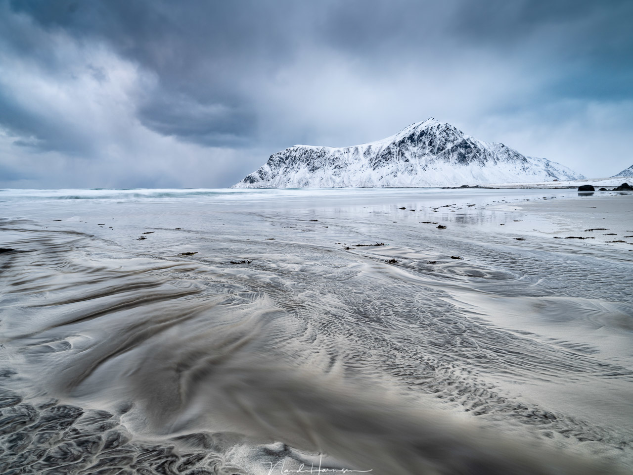 Skagsanden Beach (23mm, ISO100, f/10, 3,2s, Haida medium 0,9GND + CPL, from tripod)