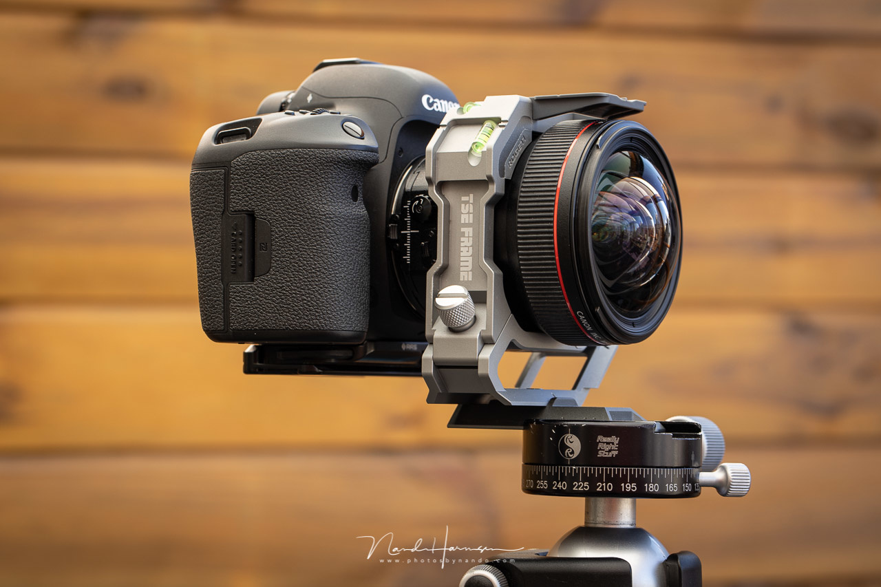 The TS-E 17mm f/4L lens fitted in a Rogeti TSE adapter and mounted with the provided nodal slide. It looks impressive, but does it work as it should be?