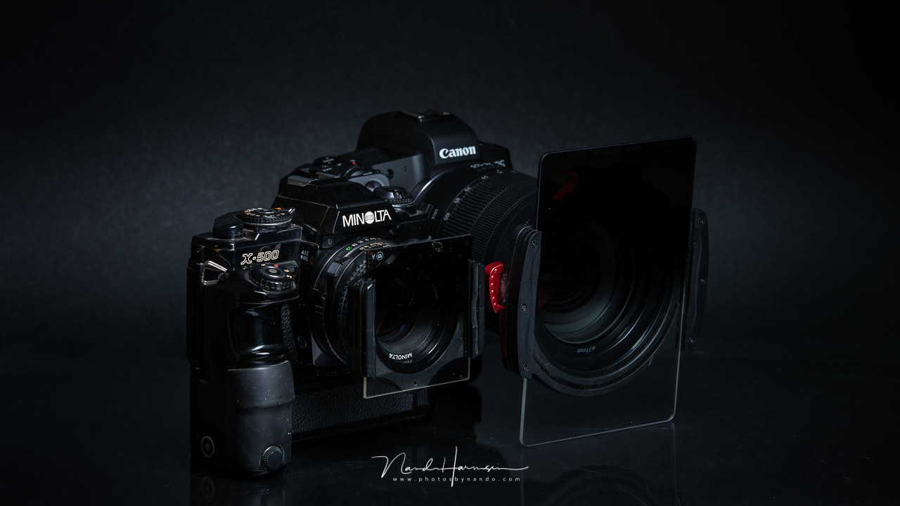 Neutral density gradient filter are not a new phenomenon. In the early days of photography Cokin came up with the revolutionary idea of these filters. Here you see my old Minolta X-500 with Cokin filters, and the brand new Canon EOS R with the Haida M10 f