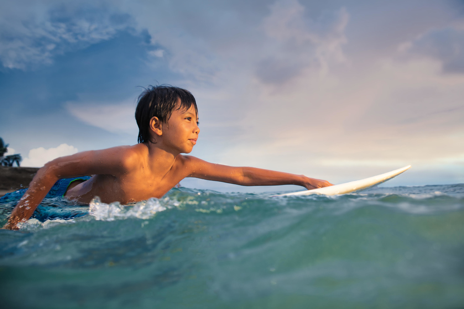 how to photograph swimmers or surfers underwater