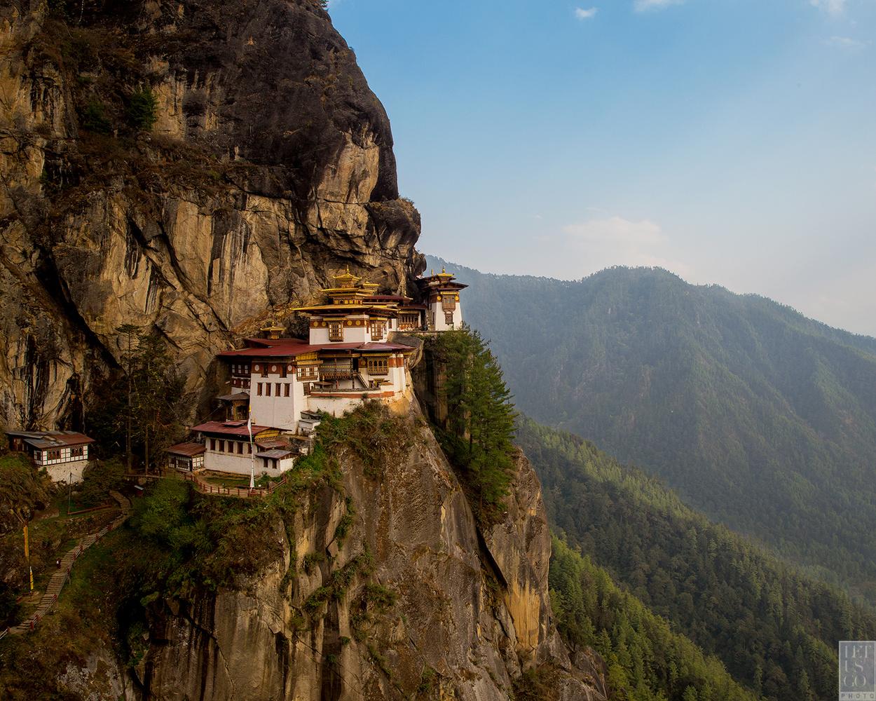 let us go photo travel photography bhutan tigers nest