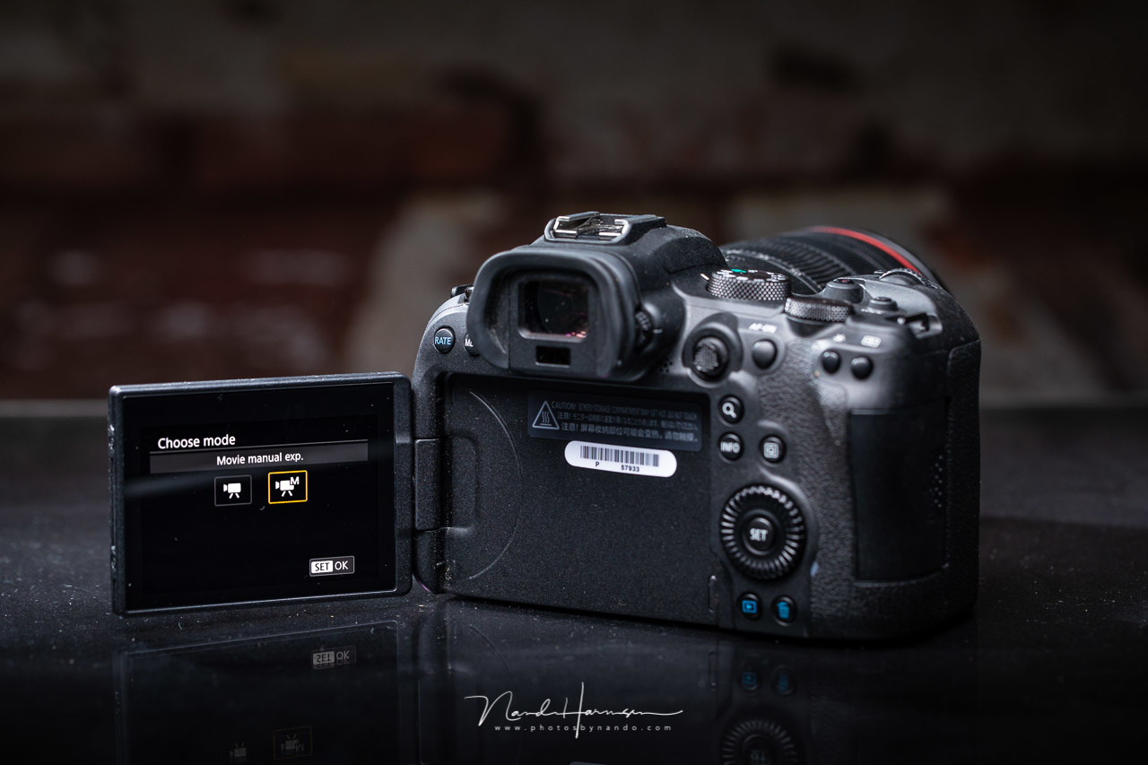 The film functions of the Canon EOS R6 are somewhat limited. It is enough for the occasional filmer, but not for someone who is using it a lot.