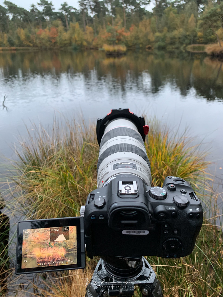 Shooting landscapes with the Canon EOS R6 is lots of fun. The LCD screen and touch screen functionality makes the use of buttons almost obsolete. Unless you need to change the PSAM setting, of course.