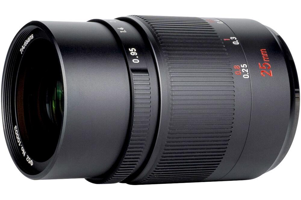 Loads of Bokeh for APS-C Photographers: The 7artisans 25mm f/0.95 Lens 23