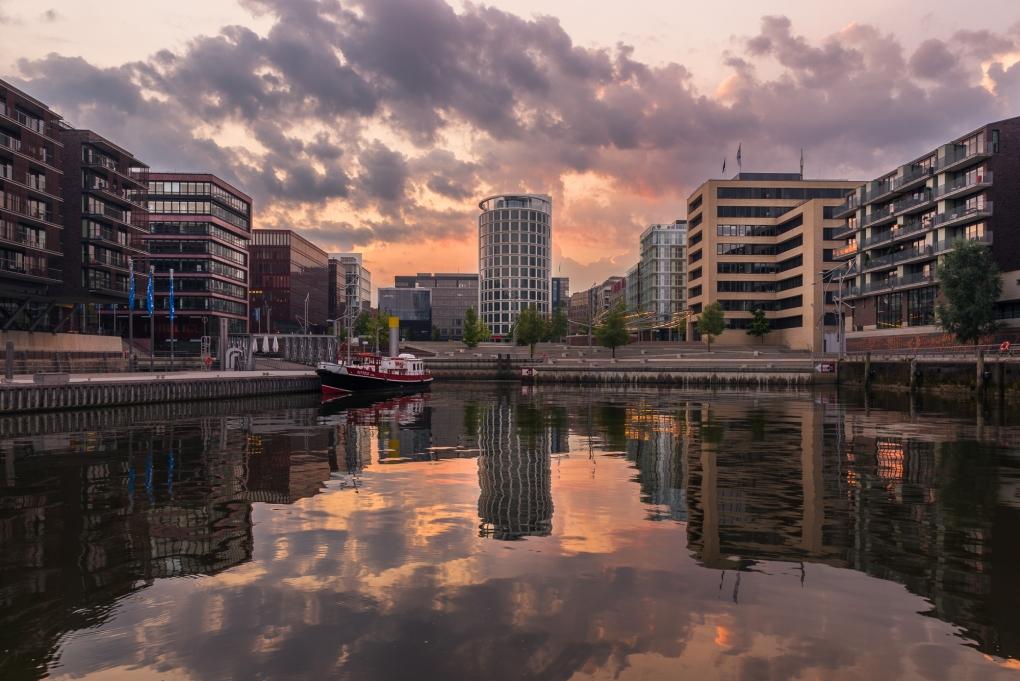City of Sails, Hamburg by Mo Pla