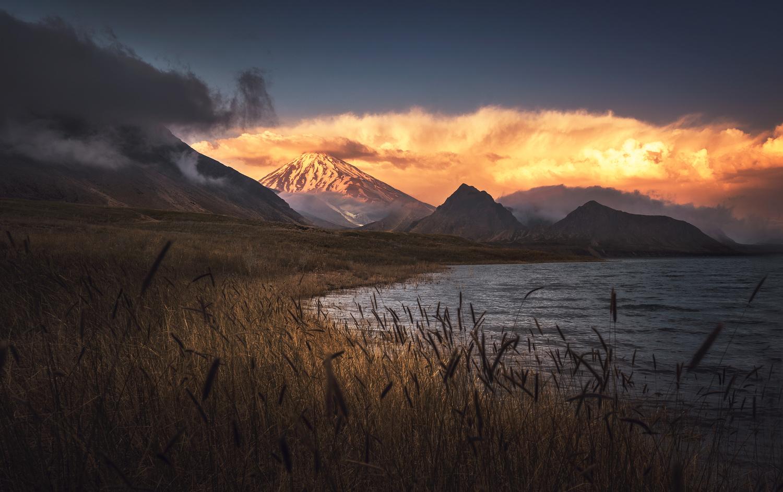 damavand mountain by ali gorohi