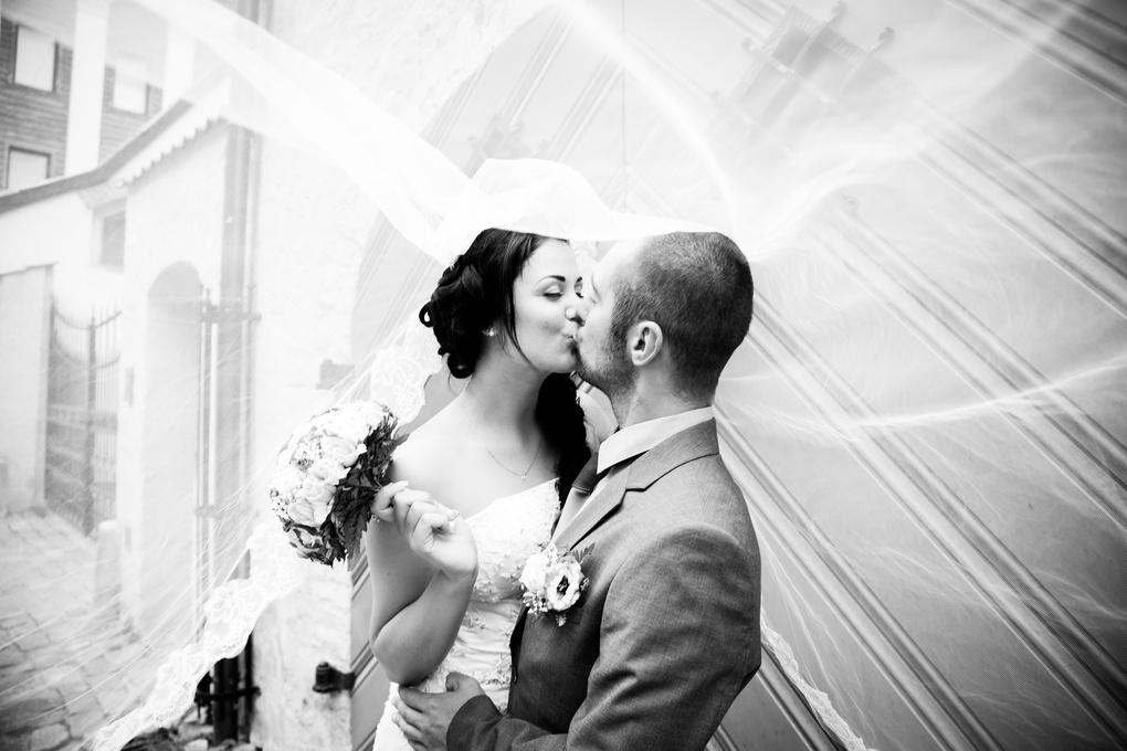 The kiss by Valentine Katyrlo