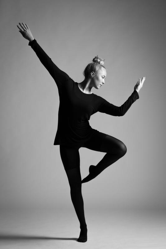 Dancer - Anikka by Jacob Almtoft