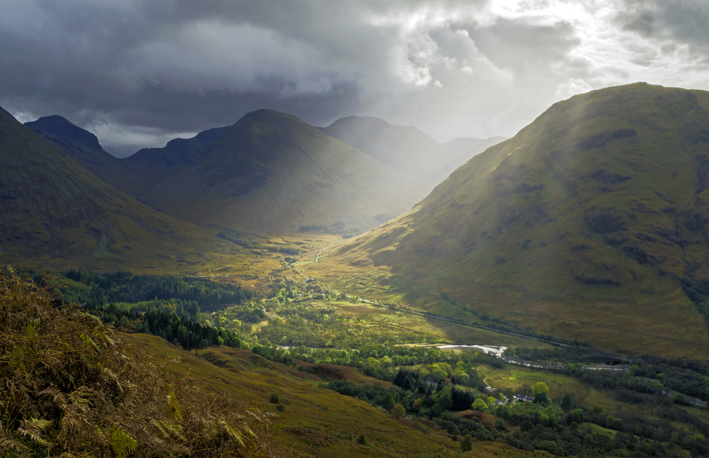 Glencoe valley sunbeams by Daniel Francis