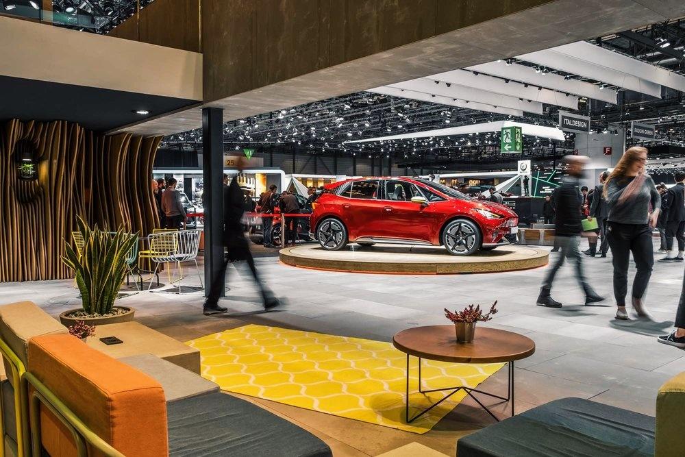 Lounge by Thom van Esveld