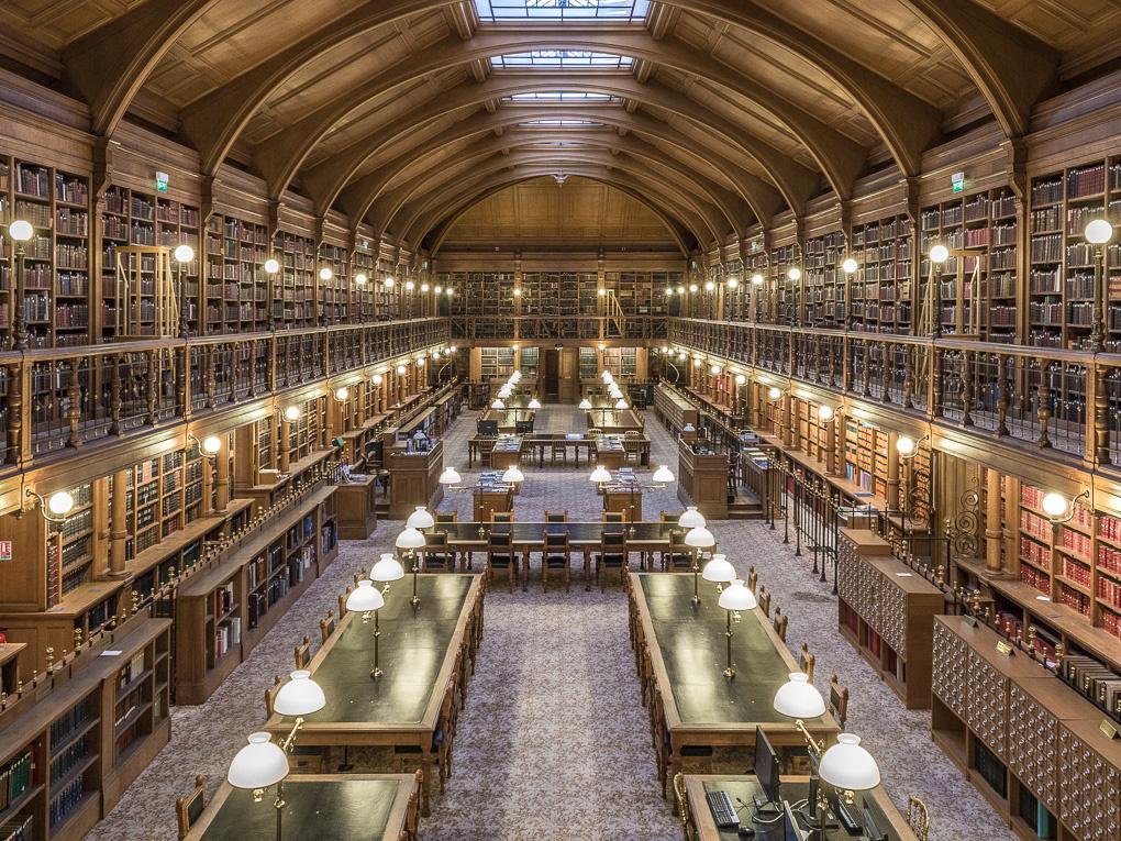 Hôtel-de-Ville Library by Jean Lubtchansky