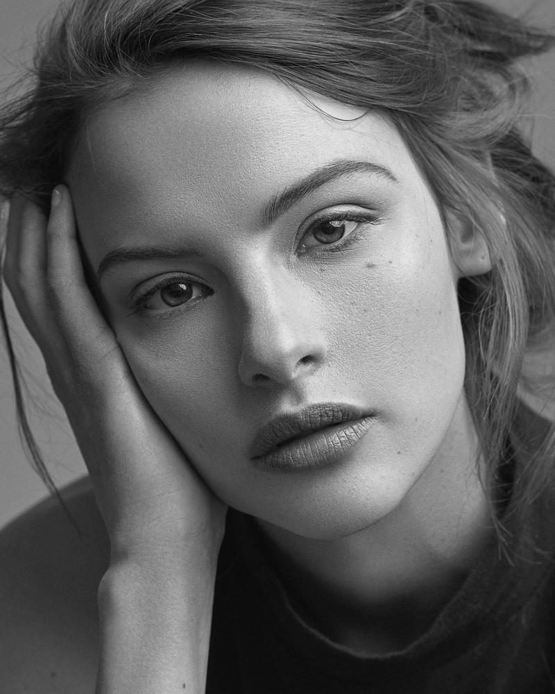 Emma by Ben Scott